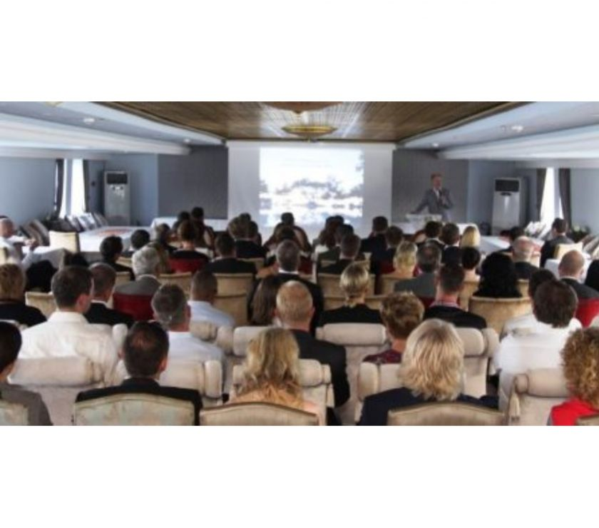 Photos Vivastreet Grand bateau restaurant receptif animation excursion 700 pax