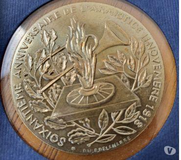 Photos Vivastreet Médaille commémorative 60ème anniversaire Armistice 1918
