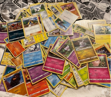 Photos Vivastreet Lots de carte Pokémon aléatoire