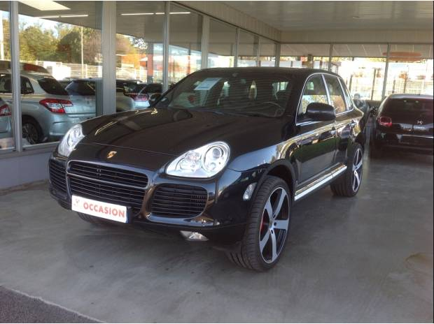 porsche cayenne 4 5 v8 turbo noir toutes options lyon 69006 voiture occasion pas cher. Black Bedroom Furniture Sets. Home Design Ideas