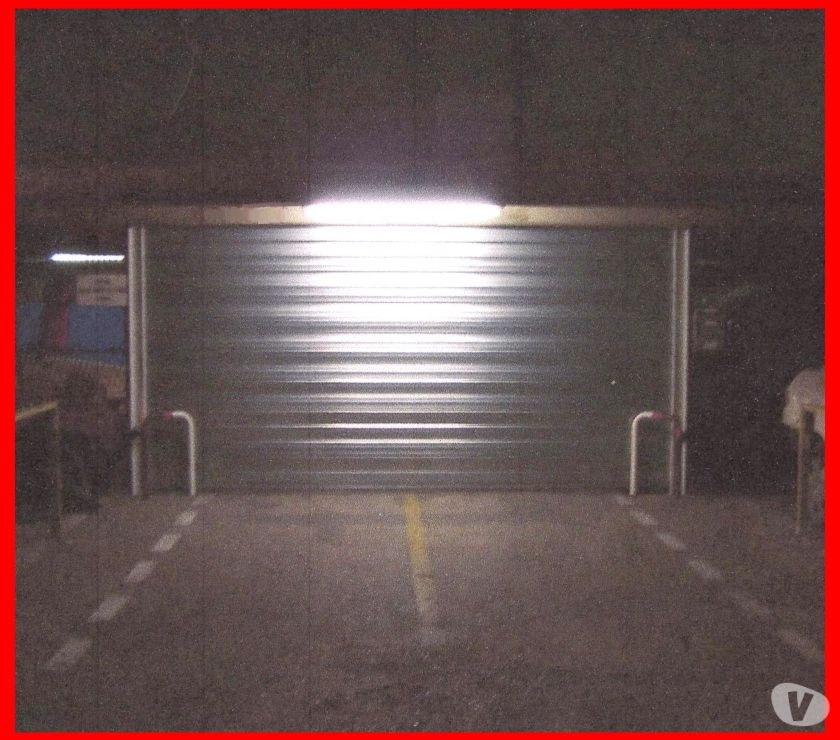 Photos Vivastreet LOCATION PARKINGS pour VOITURES DE COLLECTION ULTRA SECURISE