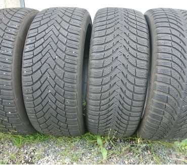 Photos Vivastreet 4 pneus neige 2254517 94H Continental TBE