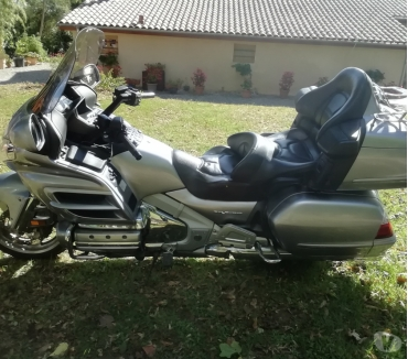 Photos Vivastreet Vends goldwing 1800