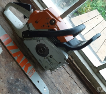 Photos Vivastreet Tronçonneuse Stihl MS 251C