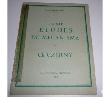 Photos Vivastreet 30 ETUDES DE MECANISME par CH. CZERNY