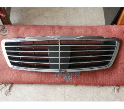 Photos Vivastreet Grille de Mercedes Class S