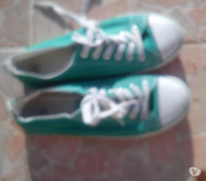 Photos Vivastreet chaussure tennis pointure 38 couleurs verte