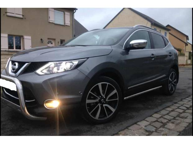 nissan qashqai tekna 1 6 dci 130 ch 4x4 all mode sedan 08200 voiture occasion pas cher. Black Bedroom Furniture Sets. Home Design Ideas