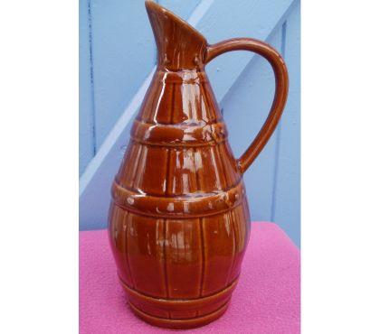 Photos Vivastreet Pichet à col allongé, couleur marron