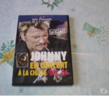 Photos Vivastreet DVD JOHNNY HALLYDAY A VOIR....