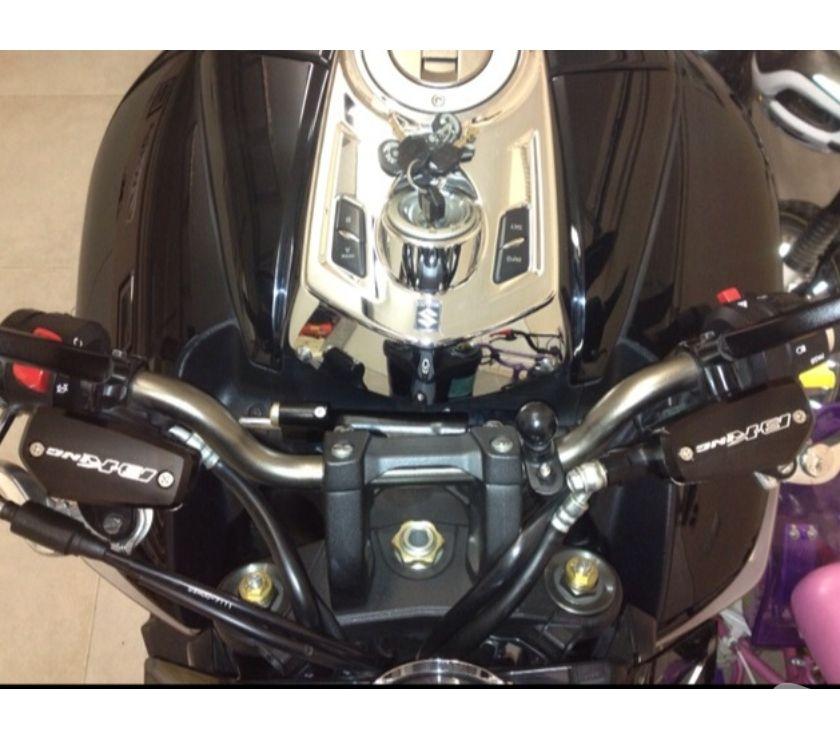 Pièces et services moto Landes Mont de Marsan - 40000 - Photos Vivastreet Couvercle pour suzuki bking