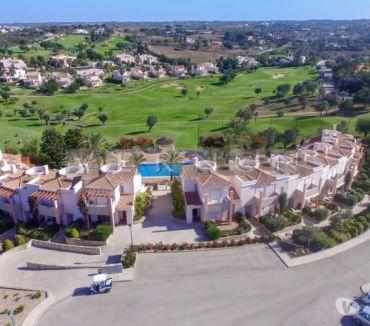 Photos Vivastreet Price: 375.000€-Algarve, Carvoeiro à vendre, maison de ville...