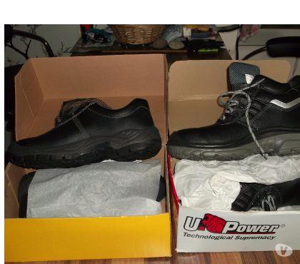 Photos Vivastreet Chaussures de sécurités taille 46.