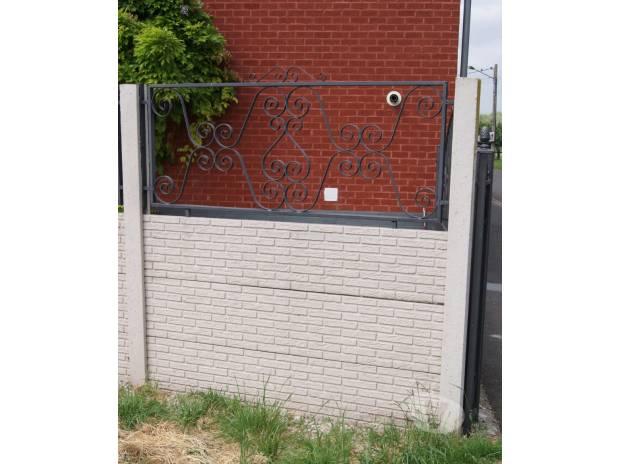 Photos Vivastreet Clôture structurée en béton .