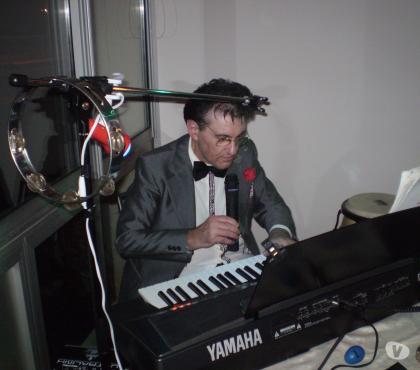 Photos Vivastreet Animation dansante DJ + karaoké 179 euros