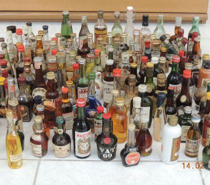 Photos Vivastreet Lot de petites bouteilles