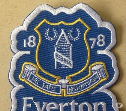 Photos Vivastreet écusson brodé everton football club premier league 8,5x8 cm