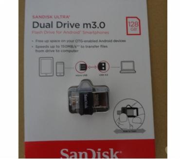 Photos Vivastreet CLé USB micro USB et USB 3.0 128Go