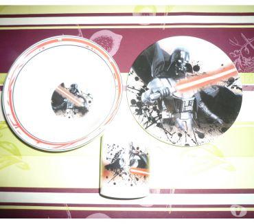 Photos Vivastreet Assiette + mug STAR WAR dark vador