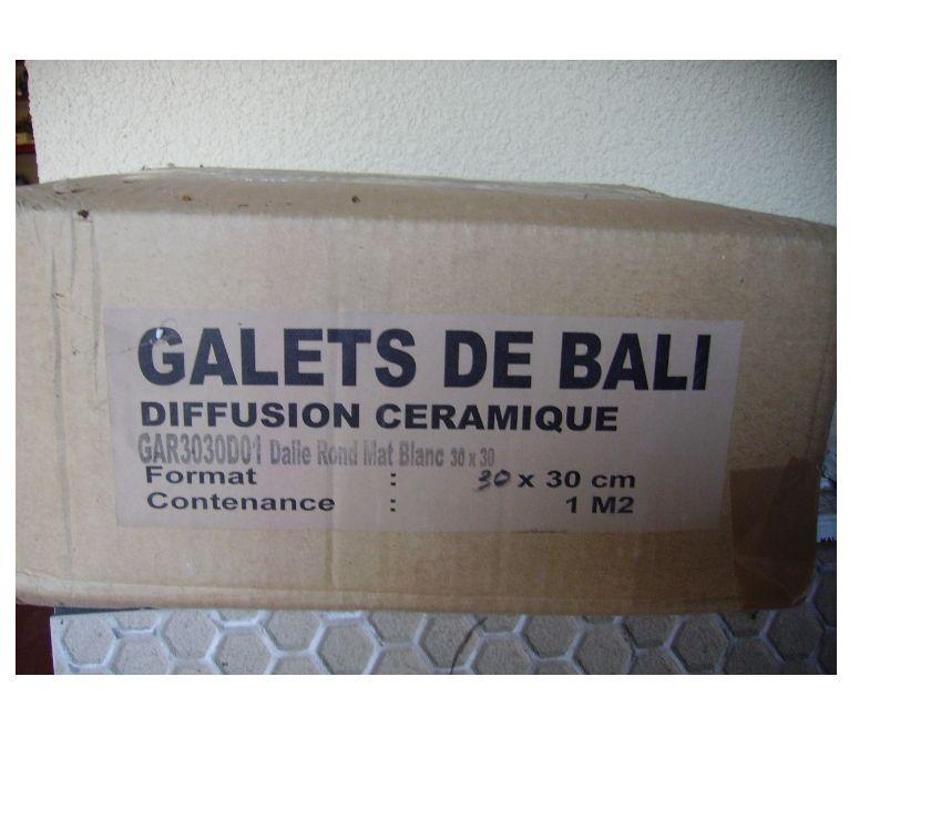 Photos Vivastreet 1 M2 GALETS DE BALI