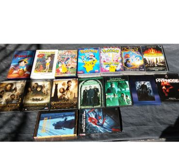 Photos Vivastreet Lot de films originaux sur 12 DVD + 7 films sur K7 VHS
