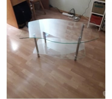 Photos Vivastreet Table basse en verre