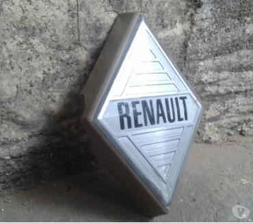 Photos Vivastreet emblème , insigne , logo , écusson , badge Renault 4 , R4