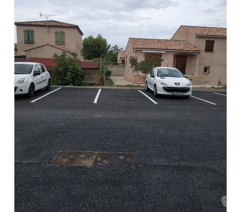 Vente Parking Bouches-du-Rhône Martigues - 13500 - Photos Vivastreet Place de parking sécurisée