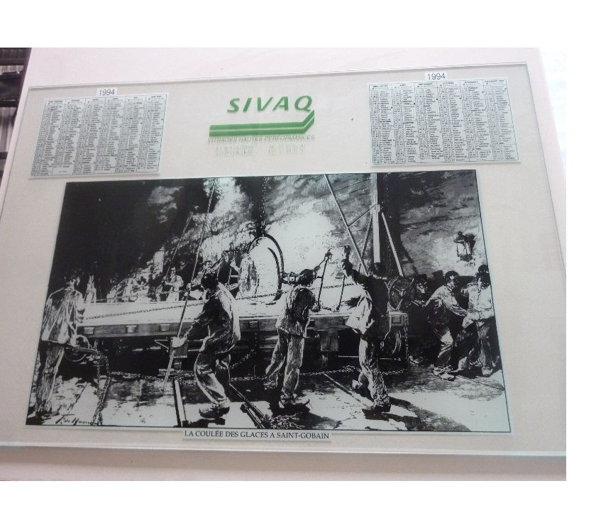 Photos Vivastreet Plaque verre (sous main ?) collector avec calendrier 1994