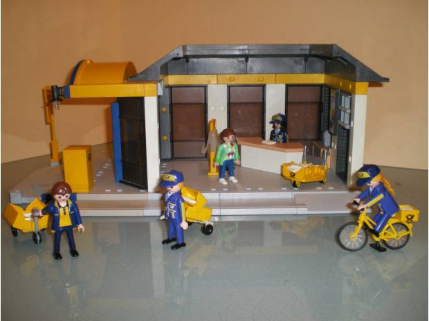 bureau de poste playmobil massy 91300 jeux jouets. Black Bedroom Furniture Sets. Home Design Ideas