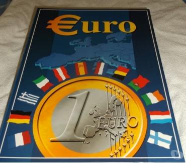 Photos Vivastreet CLASSEUR E PIECES EN EUROS NEUF