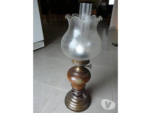 Photos Vivastreet Lampe sur pied en parfait état