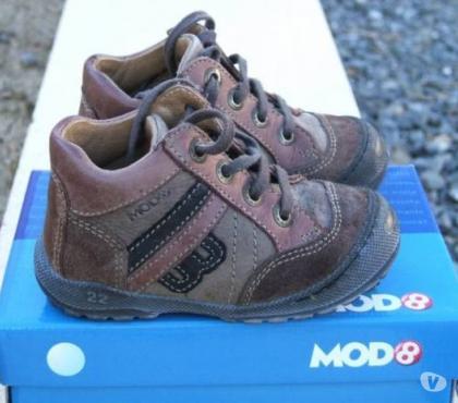 Photos Vivastreet Chaussures hiver Mod8 pointure 22