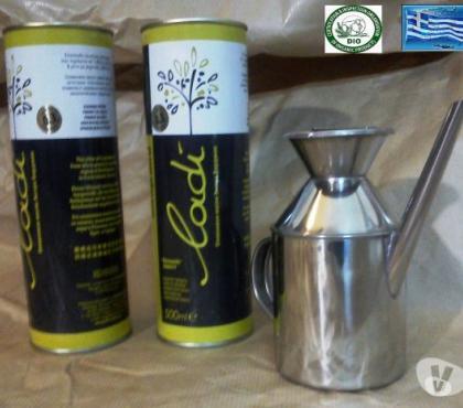 Photos Vivastreet 1 L Huile d'Olive Crète (2x0500L Métal)+1 Huilier Inox 300ml