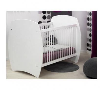 Photos Vivastreet Lit bébé barreaux blanc 60x120 Violette