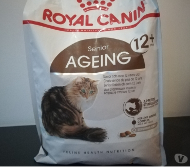 Photos Vivastreet Croquettes chat Royal Canin Ageing 12+