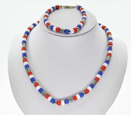 Photos Vivastreet collier bracelet parure perles France coupe du monde 2019