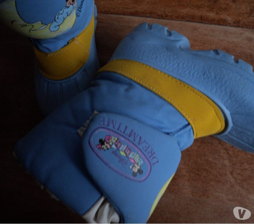 Photos Vivastreet DISNEY BOTTES APRES SKI P 26