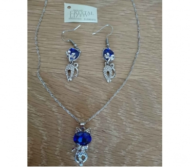 Photos Vivastreet Lot neuf cristaux swaroski chaîne pendentif et boucles d'ore