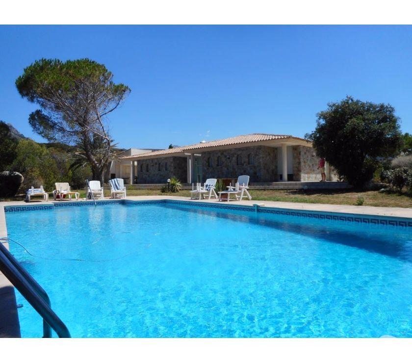 Vente Maison Haute-Corse L'Ile Rousse - 20220 - Photos Vivastreet TRÈS BELLE VILLA de 280 m² Domaine sécurisé avec Vue MER
