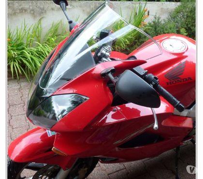 Photos Vivastreet Bulle pour HONDA VFR 800