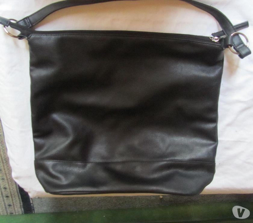 Photos Vivastreet sac noir style Paquetage similicuir neuf