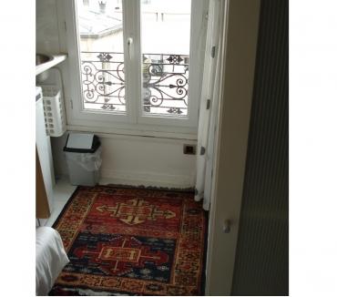 Photos Vivastreet studette Bastille, équipée tout confort, 5 ème étage