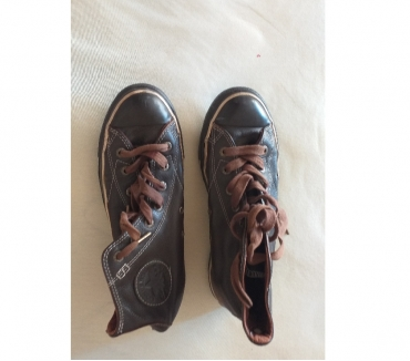 Photos Vivastreet CHAUSSURES CONVERSE MARRON ALL STAR UNISEXE POINTURE 38