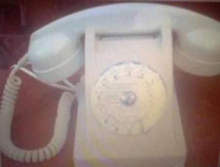Photos Vivastreet Telephone VINTAGE avec cadran ( blanc ou gris )