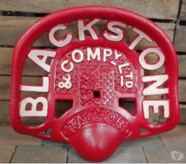Photos Vivastreet Siege de tracteur fonte rouge BLACKSTONE