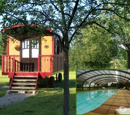 Photos Vivastreet Les Roulottes de la Risle : cosy, piscine et jacuzzi