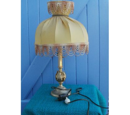 Photos Vivastreet Lampe sur pied ou de chevet en bronze