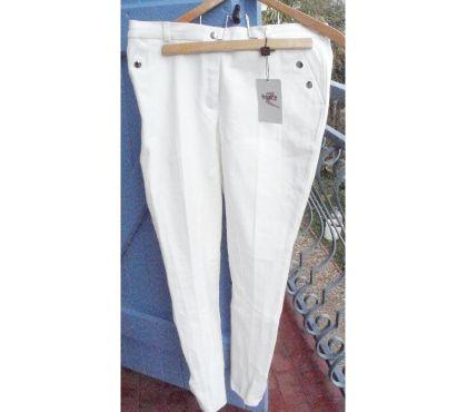 Photos Vivastreet Pantalon blanc Equitation NEUF T. 42 ou 44 HORZE
