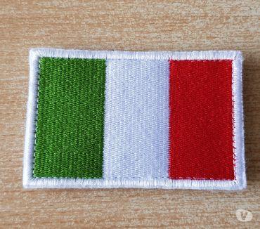 Photos Vivastreet écusson brodé à scratch drapeau italien 8x5 cm